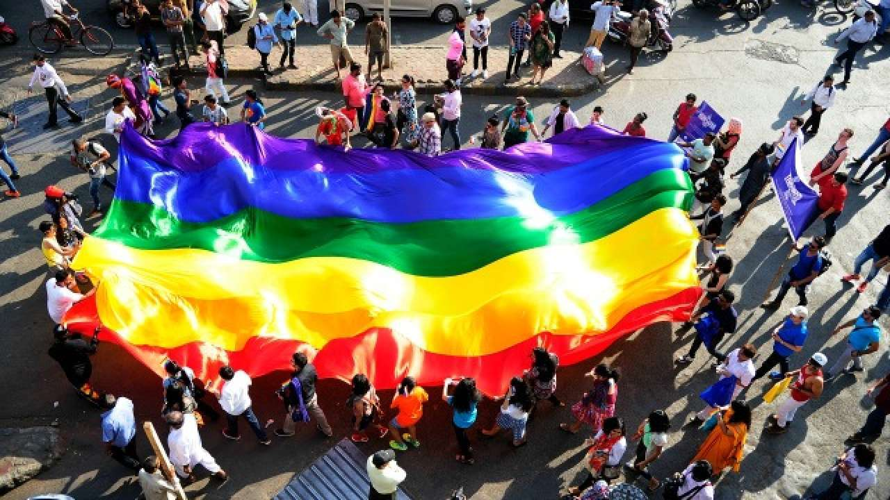 Supreme Court, reserve, order, scrapping, section 377, NewsMobile, Mobile News, India