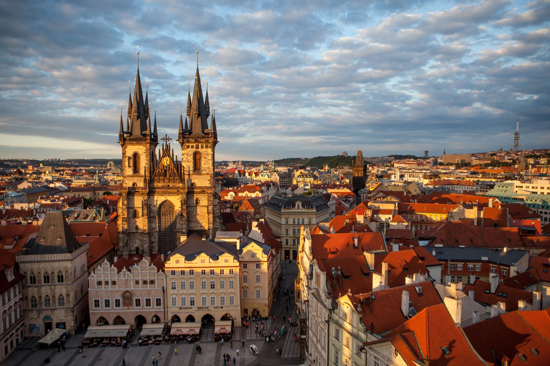 Cheap round-trip flights to Europe this fall, Northern ...