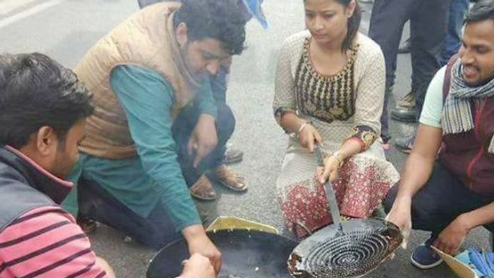 Making pakoras inside JNU college campus cost students a huge fine