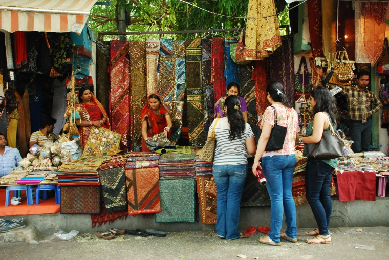 Heritage street markets in Delhi for ultimate shoppers