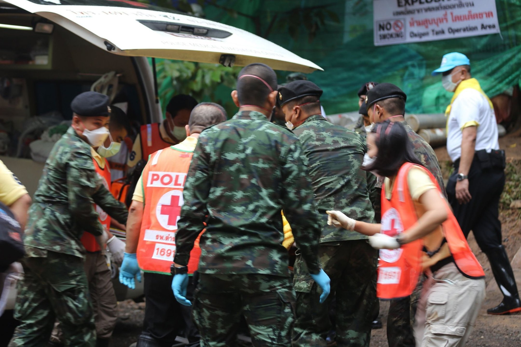 Thailand, cave, 12 boys, coach, rescued, 17 days, NewsMobile, Mobile news, World