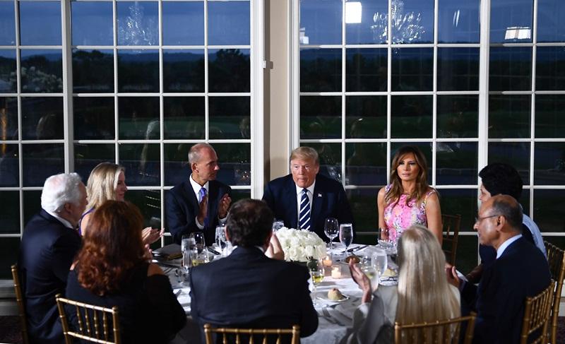 US Prez Donald Trump hosts dinner for Indra Nooyi b7f43800a