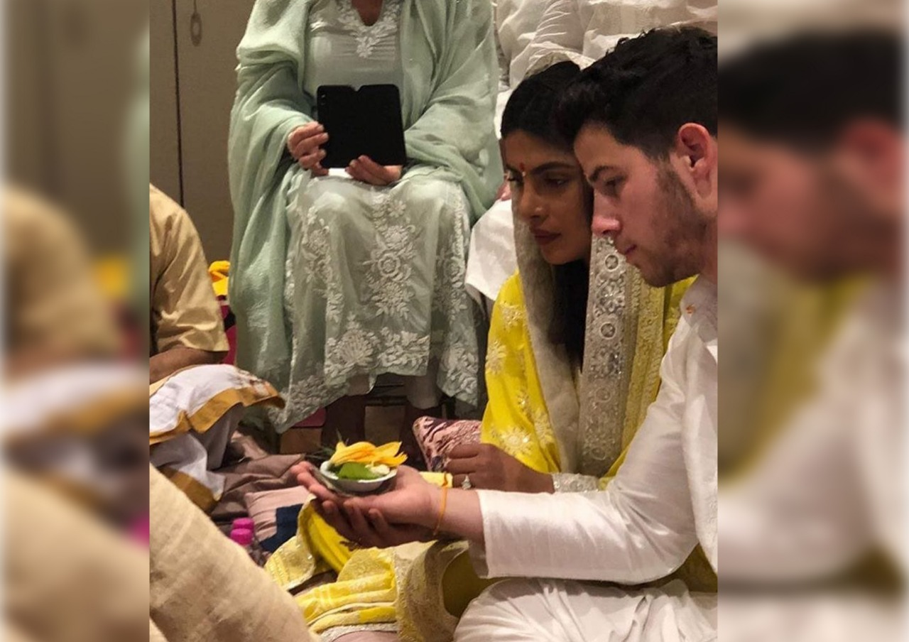 Priyanka Chopra, Nick Jonas, officially, taken, engaged, Mumbai, NewsMobile, Mobile News, India, Entertainment