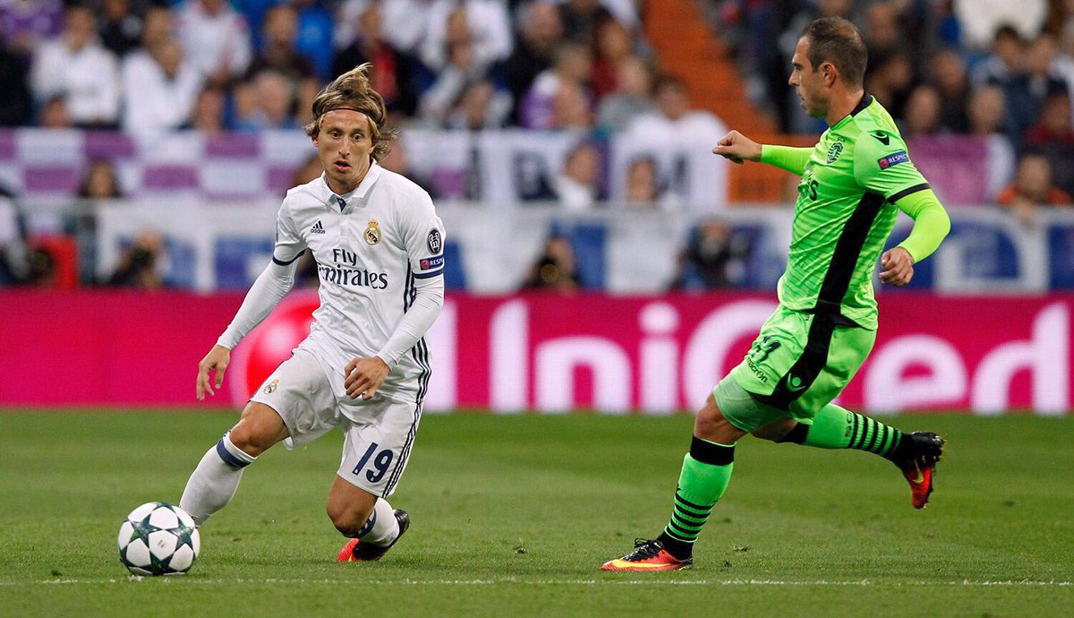 Luka Modrić, beat, Ronaldo, UEFA Player of the Year, UEFA, NewsMobile, Mobile News, Sports, India