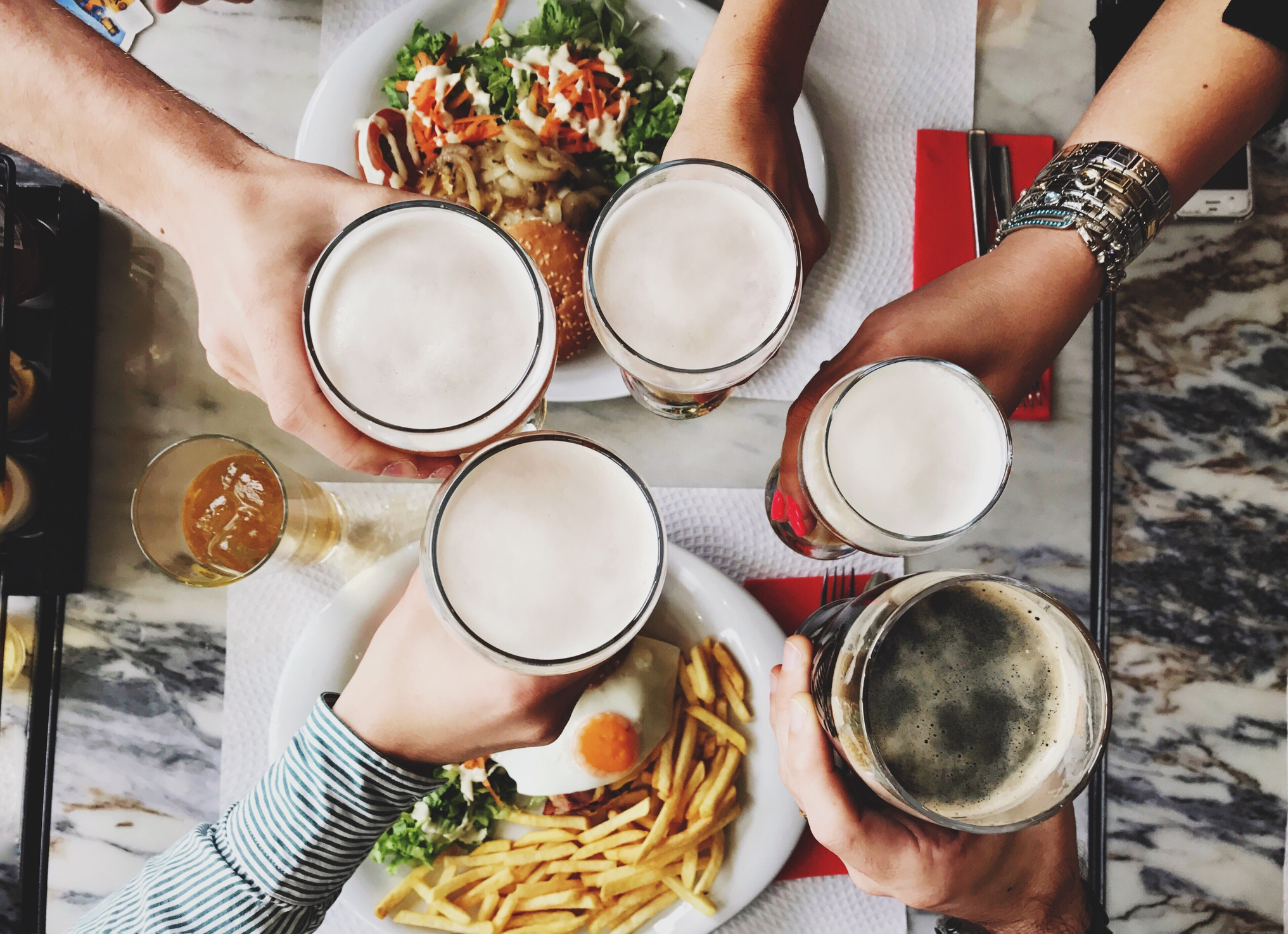 hydration, lifestyle, alcohol consumption, blood sugar and alcohol, fitness freak, diet plans, calorie intake with alcohol, weight problems, India,