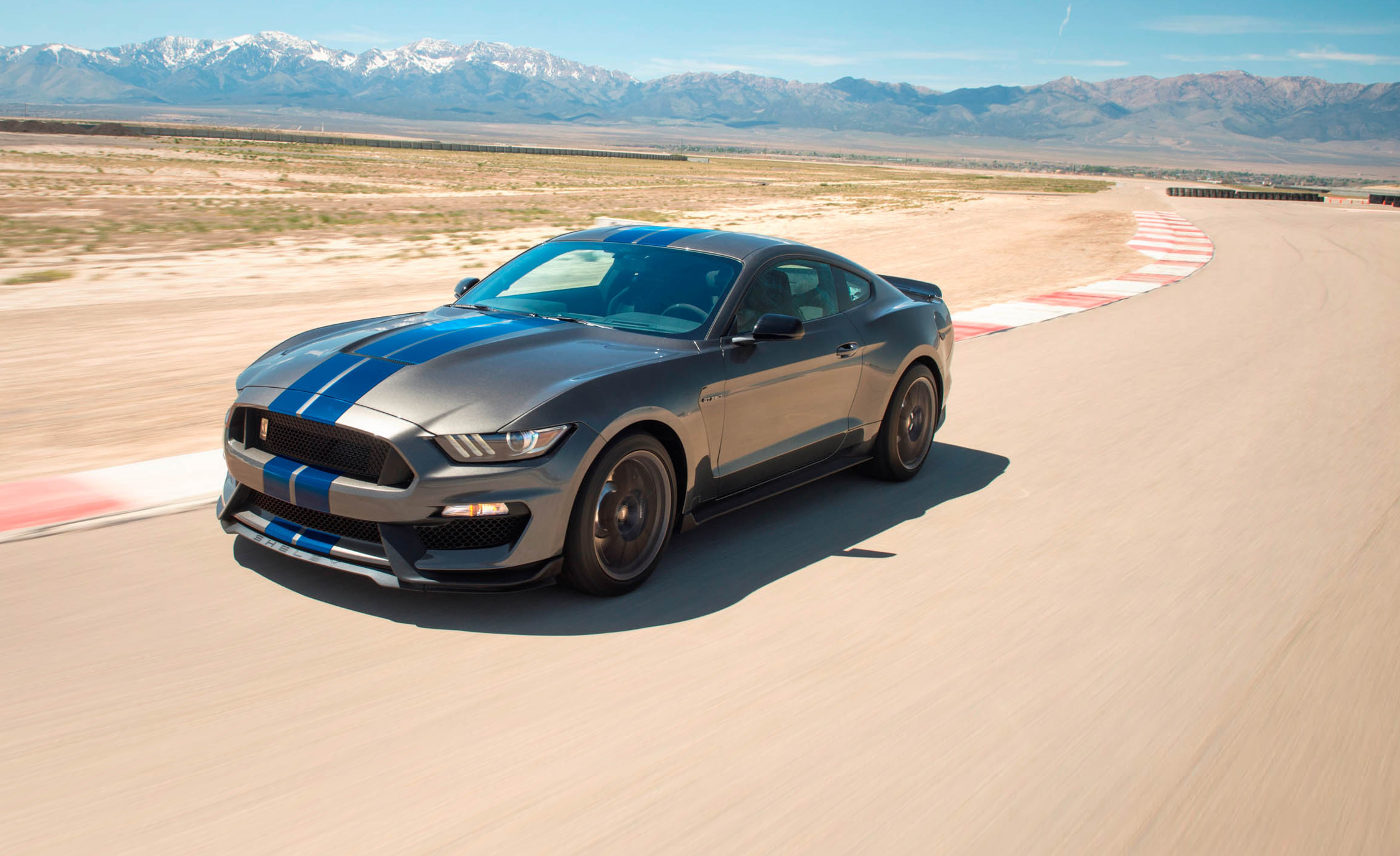 Ford, iconic, Mustang, reach, milestone, 10 millionth, vehicle, Newsmobile, Mobile News, India, Auto, Car