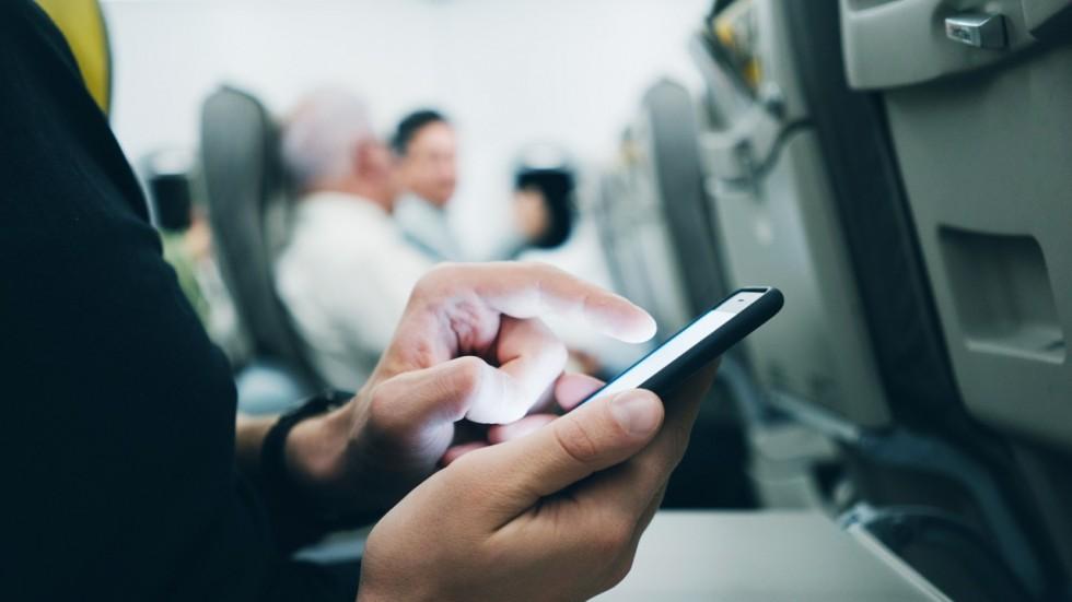 Indian, calls, internet, 30000 ft, flight, October, Department of Telecommunications, DoT, NewsMobile, Mobile News, India, GT
