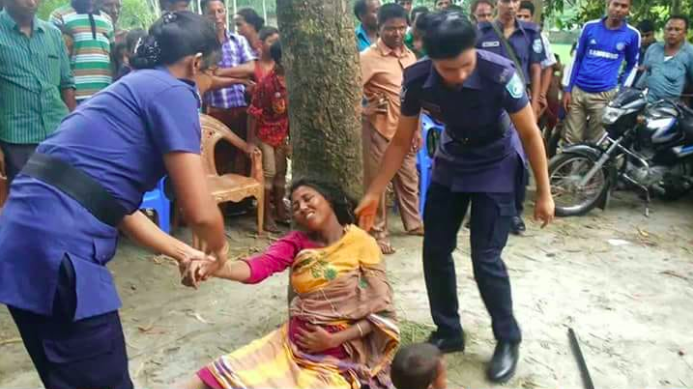Assam, cop, thrash, pregnant, woman, fact check, Fake News, Facebook, NewsMobile, Mobile News, India