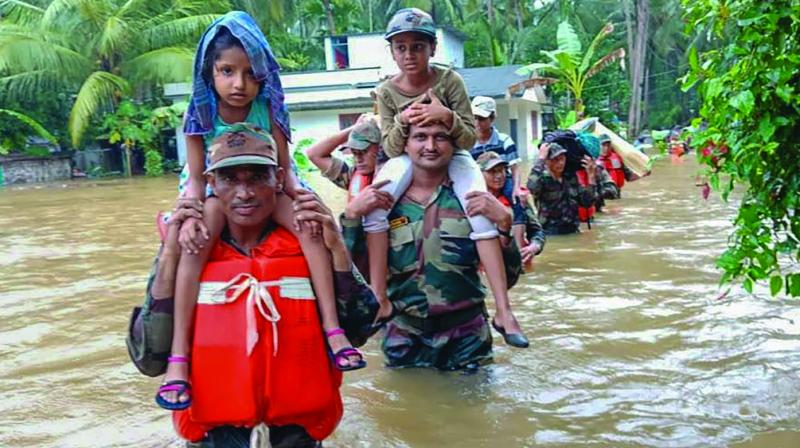 armed forces, army, navy, kerala, floods, kerala 2018, monsoons in kerala, India,