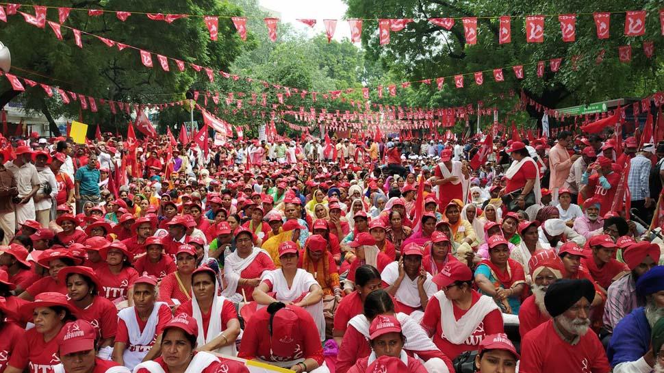 Sitaram Yechury, Brinda Karat ,Prakash Karat, Farmers, Anganwadi, Kisan-Mazdoor Sangharsh, New Delhi, CPI (M), Ramlila Maidan, Parliament, New Delhi,
