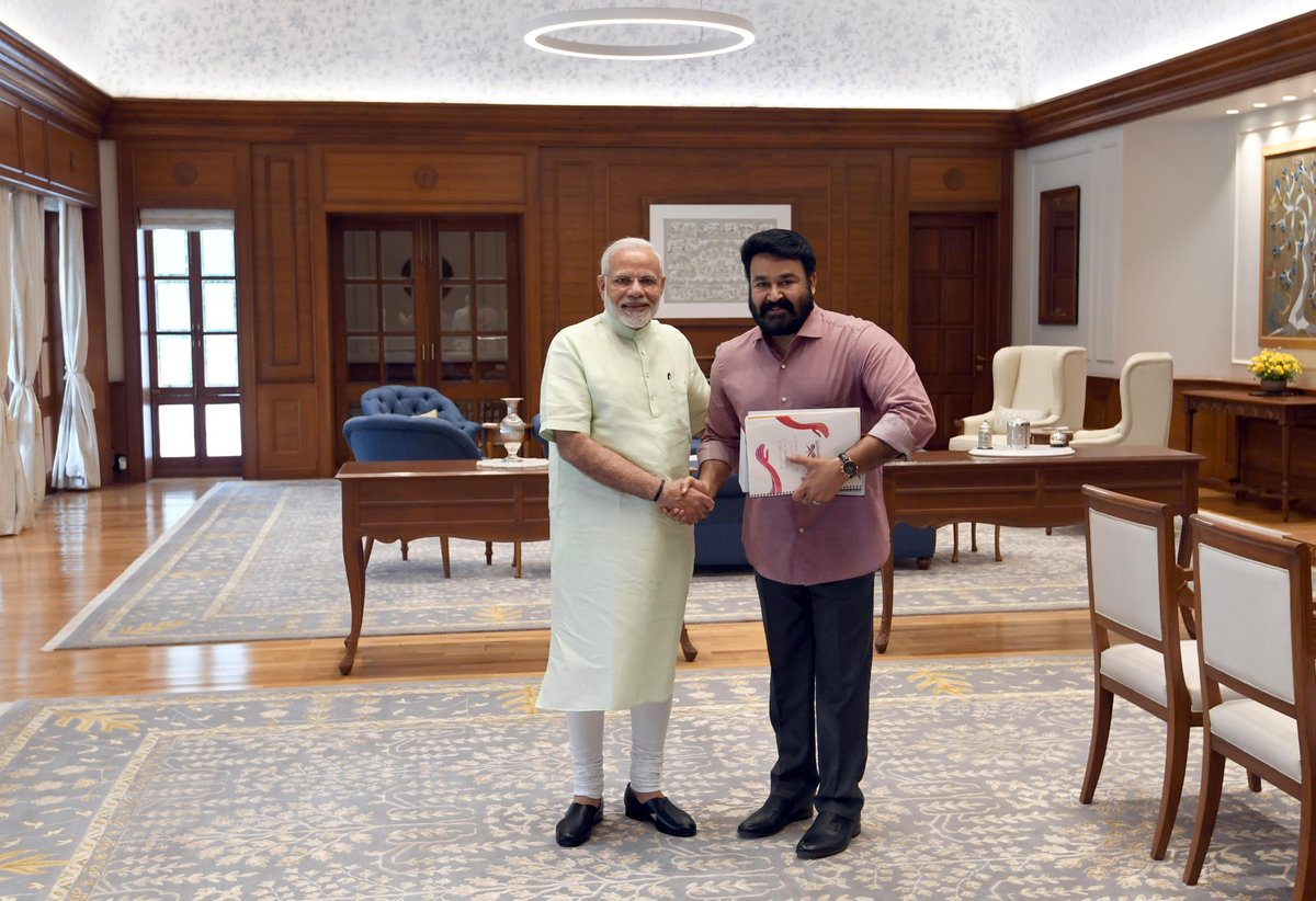 Kerala, Mohanlal, Actor, Superstar, Prime Minister, Narendra Modi, New Delhi, Shashi Tharoor, Thiruvananthapuram, Lok Sabha, 2019, NewsMobile, Mobile News, India