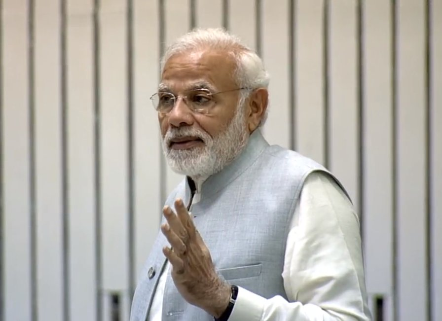 PM Modi, pitch, better education, system, India, NewsMobile, Mobile News, India, Nation