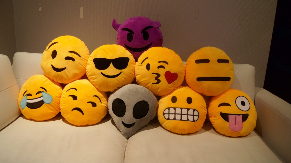 Decoding Emojis, the world's first universal language