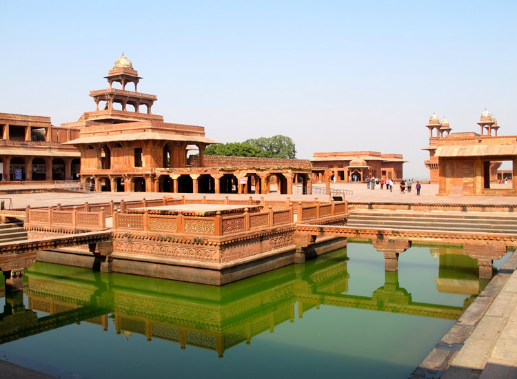 Fatehpur Sikri in Agra to be world-class tourist destination