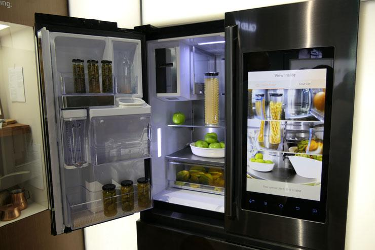 Here is how You can transform your kitchen with latest tech gizmos