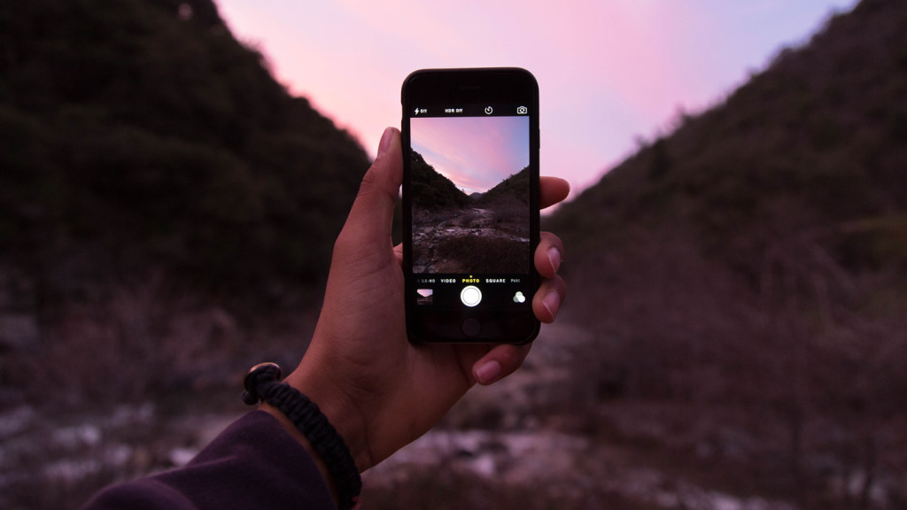 9 hacks to take better photos while travelling