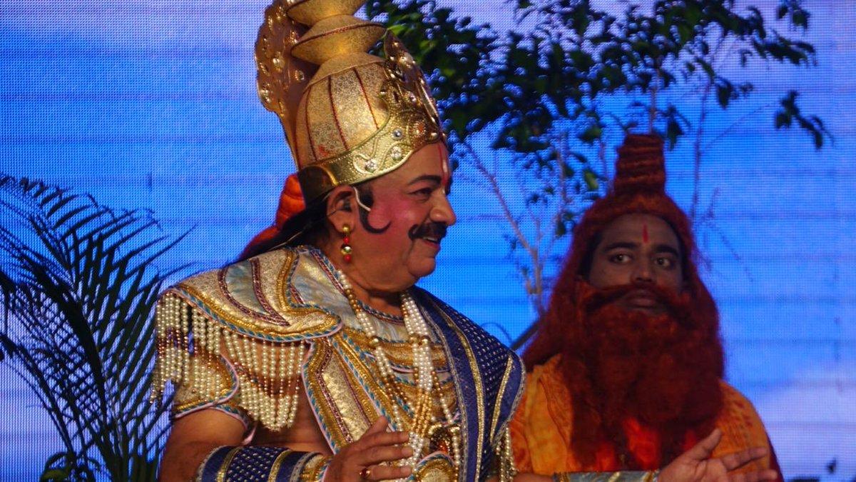 Guess, Union Minister, performed, role, Raja Janak, Ramlila, Luv Khush, Red Fort, Harsh Vardhan, NewsMobile, Mobile News, India