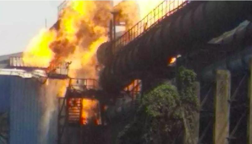 Chhattisgarh, Six dead, 14 injured, massive fire, Bhilai, Steel Plant, NewsMobile, Mobile News, India