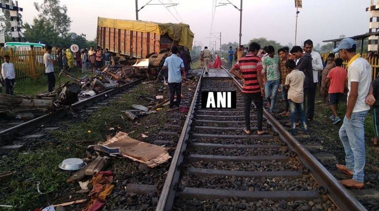 Madhya Pradesh, Godhra, Ratlam, Rajdhani Express, Railways, Rajesh Dutt Bajpai, NewsMobile, newsmobile india,