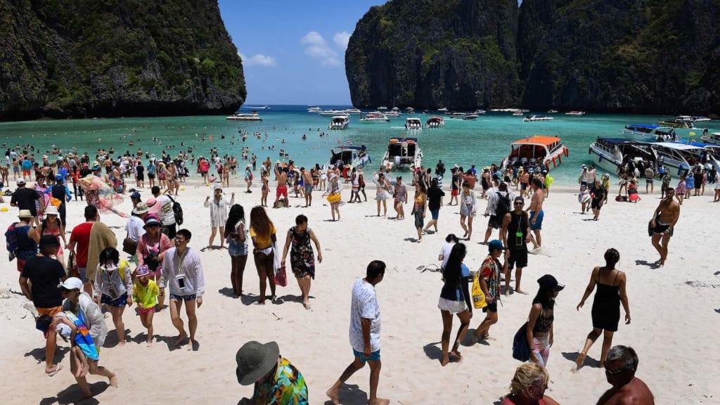 Thailand's Maya Beach closes for tourists