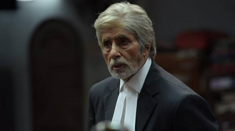 Legal notice, Amitabh Bachchan, donning, lawyer, attire, Bar Council of India, NewsMobile, Mobile, News, India
