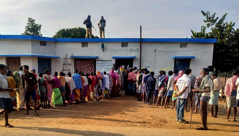 Battle For States, First phase, Chhattisgarh, polls, 70%, voting, Politics, NewsMobile, Mobile, News, India, Election