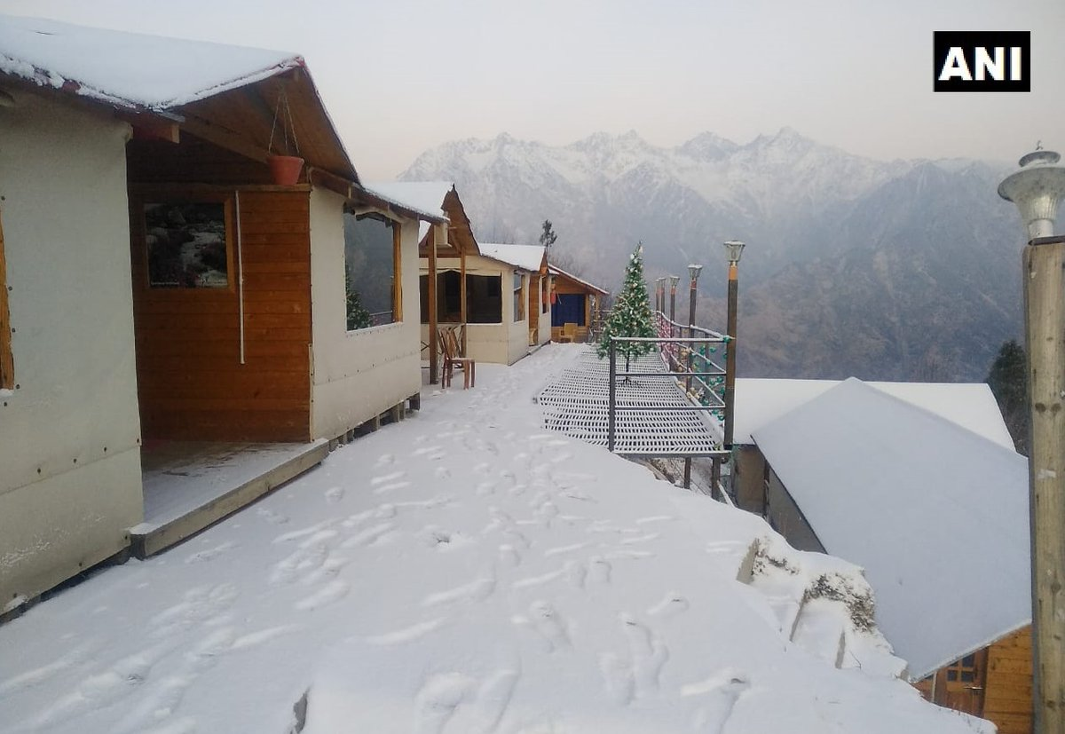 In Pictures, snowfall, Himachal Pradesh, Uttarakhand, Manali, Auli, Badrinath, Chopta