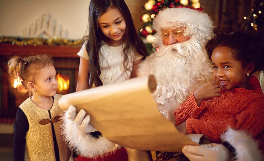 Santa Claus, Christmas, December 25th, Winters, children, lifestyle, survey, Father Christmas, gifts, India, Newsmobile,