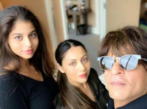 Suhana Khan, Shah Rukh Khan, Actor, Bollywood, Rahul , Newsmobile, Mobile, News, India, Entertainment