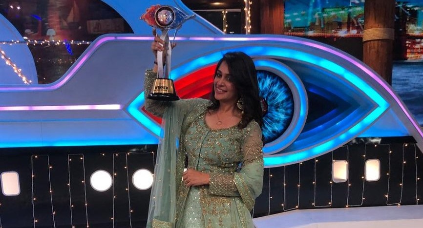 Dipika Kakar wins Bigg Boss Season 12; bags Rs. 30 lakh prize money