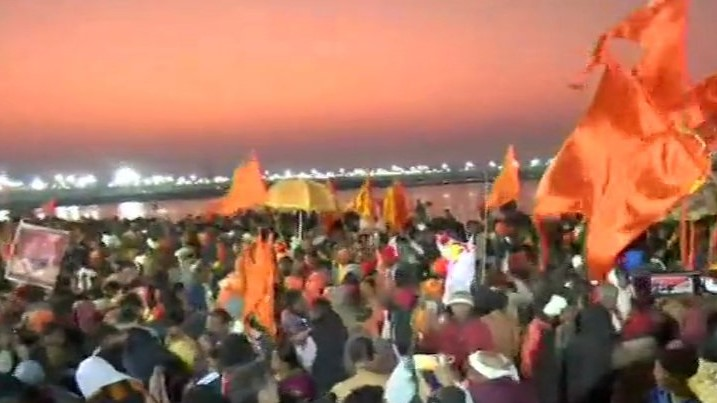 Prayagraj, Allahabad, UP, Shahi Snan, Kumbh Mela, News Mobile, News Mobile India