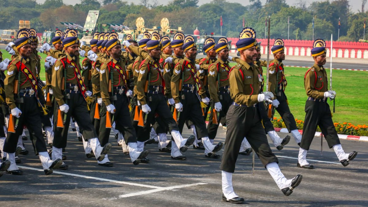 Photo Gallery, Army Day, Indian Army, NewsMobile, news for mobile, January 15, Field Marshal Kodandera M Cariappa, General Sir Francis Butcher, India, mobile news