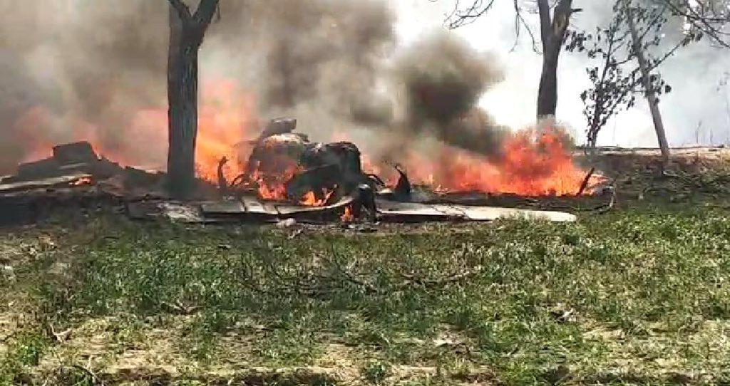 IAF, Jaguar, fighter plane, Crash, Uttar Pradesh, Kushinagar, Air Force, Pilot Safe, NewsMobile, Mobile, news, India