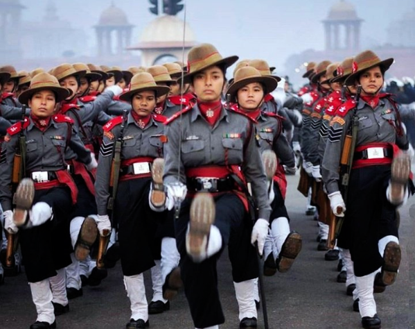 All women, Assam Rifles, paramilitary, Republic Day, Parade, Rashtrapati Bhavan, NewsMobile, Mobile, News, India