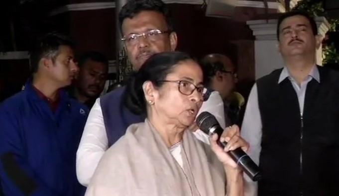 Mamta Banerjee, CM, Kolkata, CBI, Rajeev Kumar, News Mobile, News Mobile India