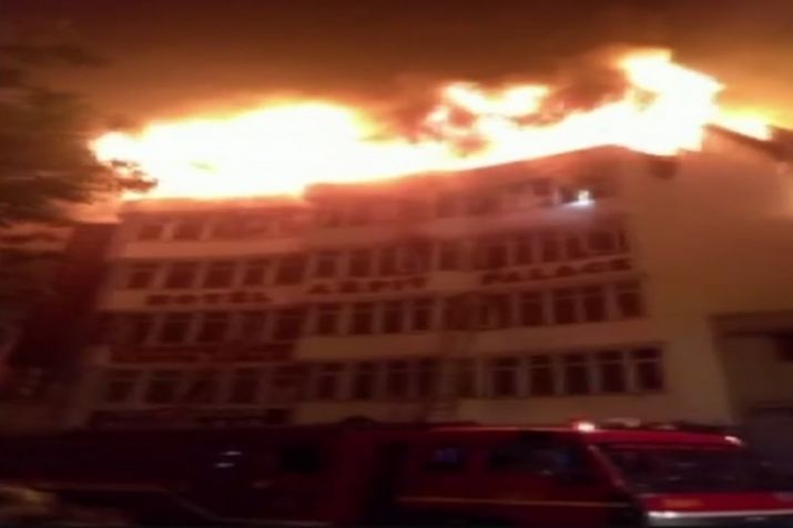 Delhi, Karol Bagh, New Delhi, Fire, Hotel Arpit Palace, Nine, 9 ,Dead, NewsMobile, Cityscape, india
