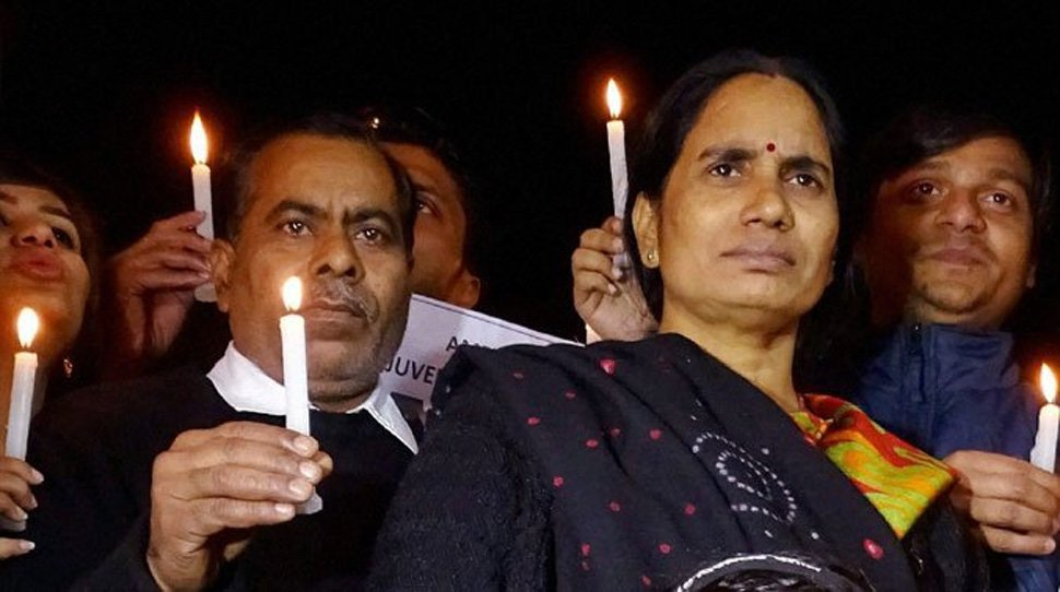 Nirbhaya, Rape, Case, Parents, Fast-Track, Hanging, Convicts, News Mobile, News Mobile India
