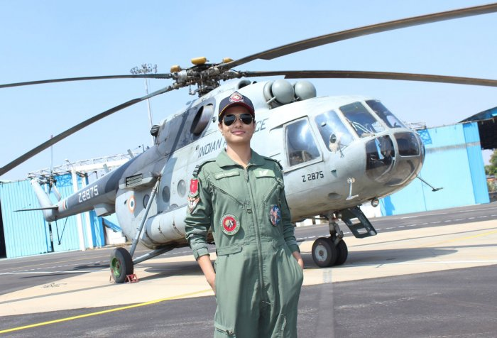 Hina Jaiswal, IndianAir Force, 1st Woman Flight Engineer, Chandigargh, News Mobile, News Mobile India