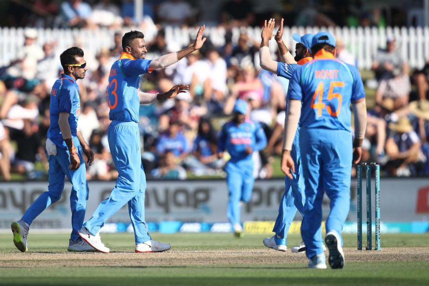 5th ODI, India, Ambati Rayudu, Vijay Shankar, New Zealand, India, Thrash, NZ, ICC, BCCI, News Mobile, News Mobile India