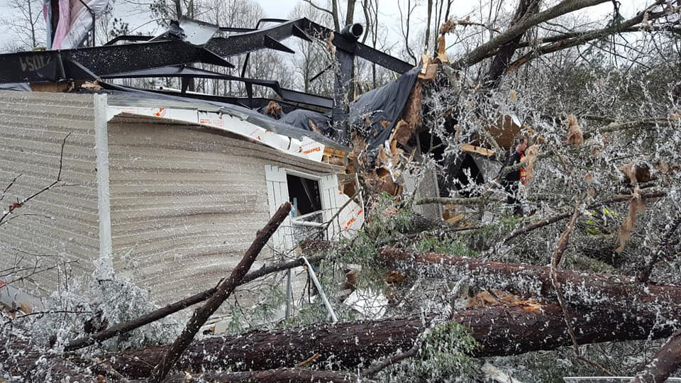Tornadoes, US, United States, Alabama, NewsMobile, Mobile, news, India