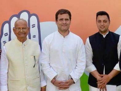 Former Telecom Minister, Sukh Ram, Returns, Congress, Lok Sabha Elections 2019, News Mobile, News Mobile India
