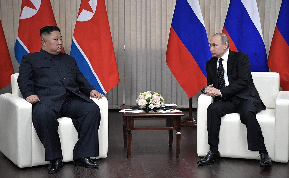 Kim Jong-un, Putin, North Korea, Russia, World, NewsMobile, Mobile, News, India