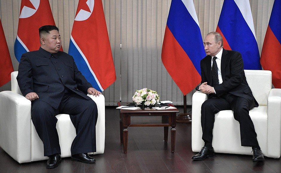 Kim Jong-un, Putin, North Korea, Russia, World, NewsMobile, Mobile, News, India