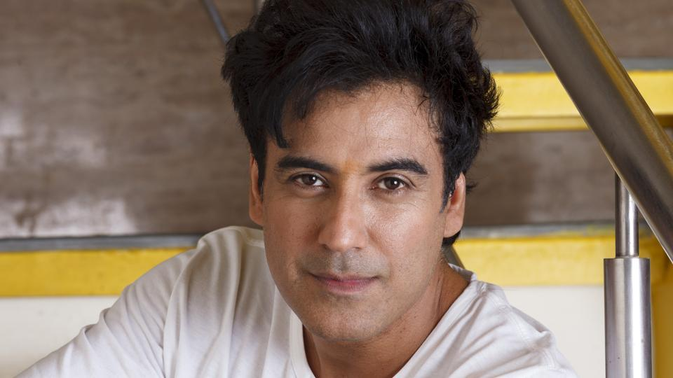 Karan Oberoi, Rape, Charges, Model, Actor, Bollywood, News Mobile, News Mobile India