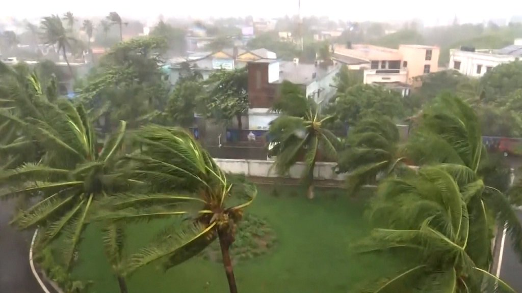 FANI, Cyclone, Odisha, Puri, newsMobile, Mobile, News, West Bengal, India