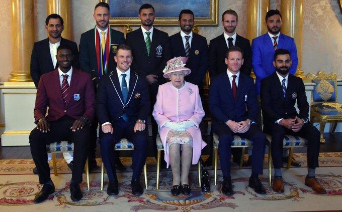 Queen Elizabeth, Cricket, World Cup 2019, Virat Kohli, Buckingham Palace, News Mobile, News Mobile India