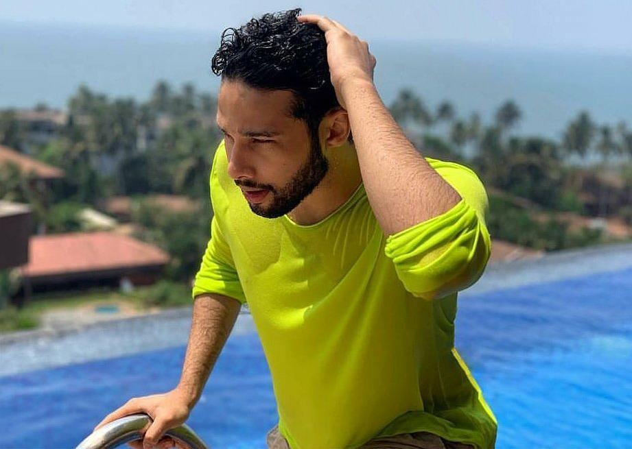 Siddhant Chaturvedi, Sanya Malhotra, Mal MC Sher, Chris Hemsworth, Men In Black, News Mobile, News Mobile India