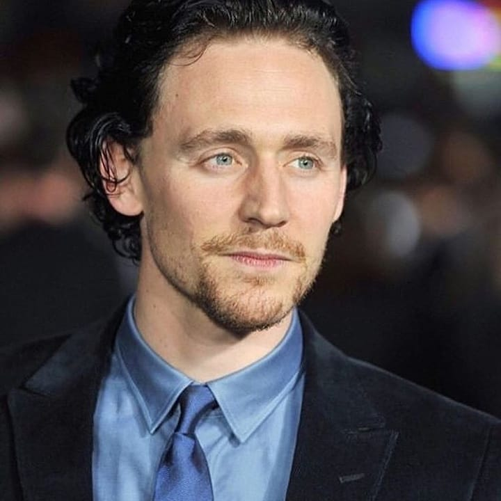 Tom Hiddleston To Make His Broadway Debut With Betrayal Newsmobile