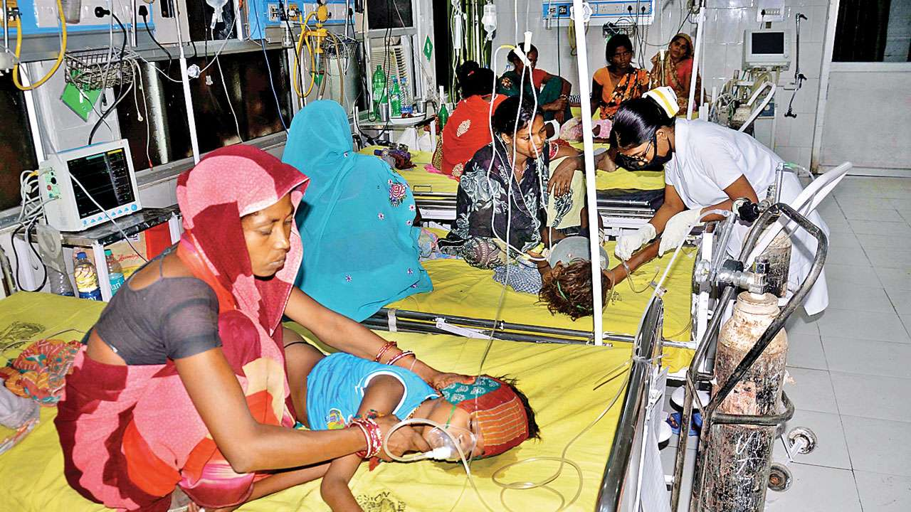 Bihar, Encephalitis, AES, 140 deaths, Children, UPGovt, Nitish Kumar, NewsMobile, NewsMobileIndia