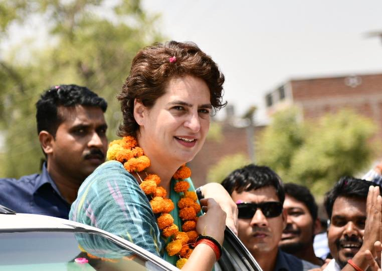 Priyanka Gandhi, Politics, Congress, NewsMobile, Mobile, News, India, Uttar Pradesh, India